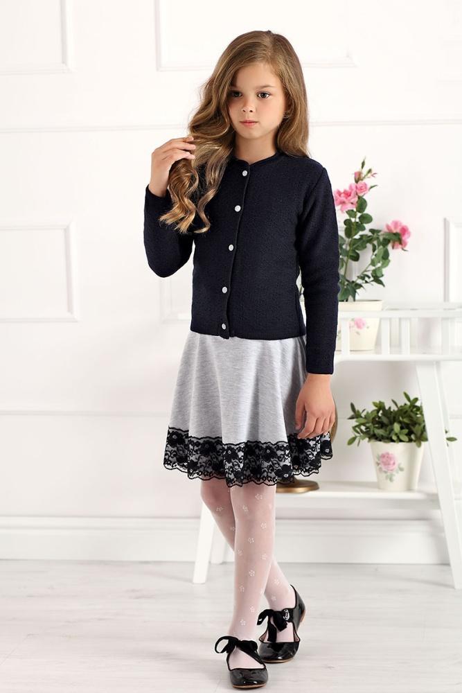9c8b1e78d733 dievčenský modrý sveter so vzorom