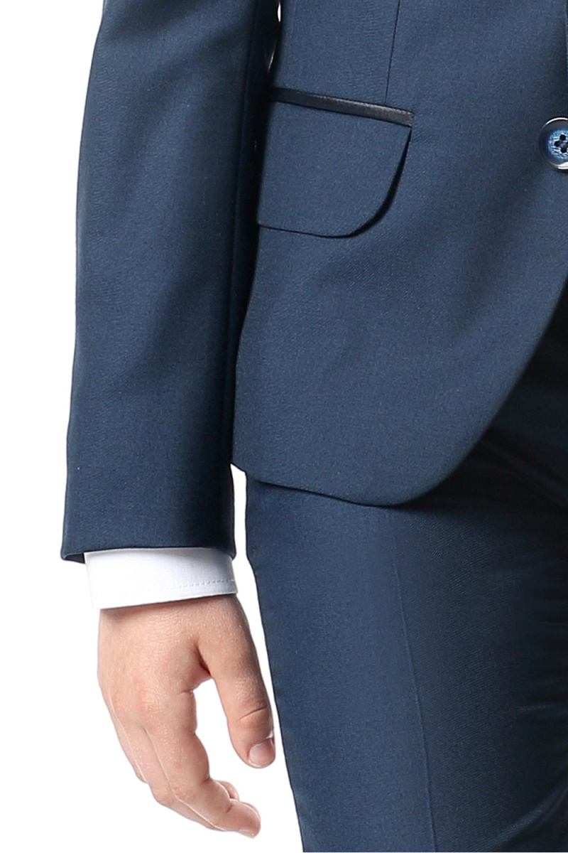 b5f39b6e3215 chlapčenský oblek DAWID